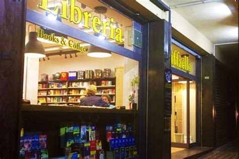libreria raffaello napoli vomero nasce il caff 232 letterario nel quartiere collinare