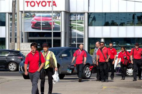 Toyota Stafford by Weekly Toyota Names Date For Altona Closure