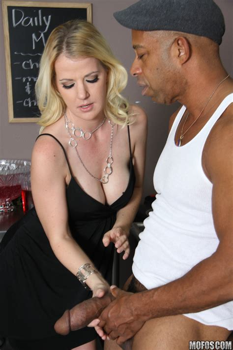Anita Blue Is About To Get Fucked MILF Fox