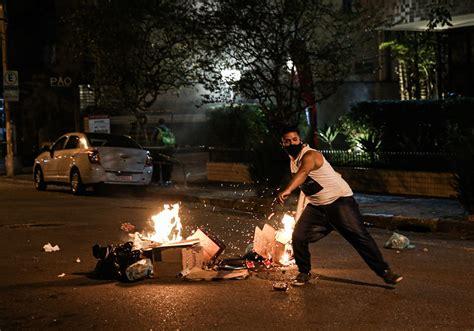 violent riots move voters    opinion