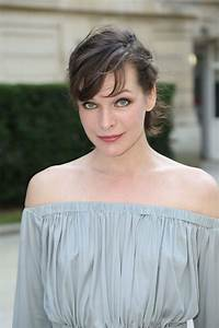 Milla Jovovich Arrives at Valentino Haute Couture Fall ...