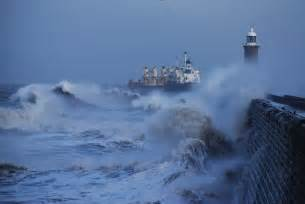 Large Pictures of Stormy Weather