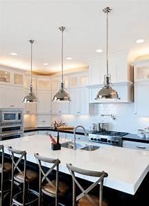 ilot de cuisine et plan de travail 9 idees d39eclairage With luminaire ilot de cuisine