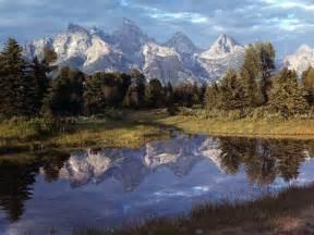 Yellowstone National Park Mountains