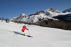 Lake Louise Ski Vacation guide | TheLuxuryVacationGuide