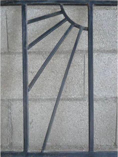 grille de securité pour fenetre grille de defense helios pour fenetre hauteur 70x45 cm largeur