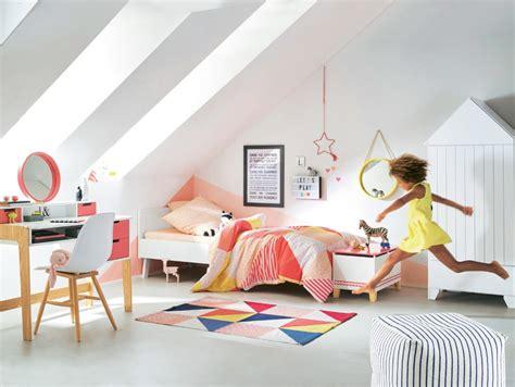 tapis de chambre garcon deco chambre geometrique raliss com