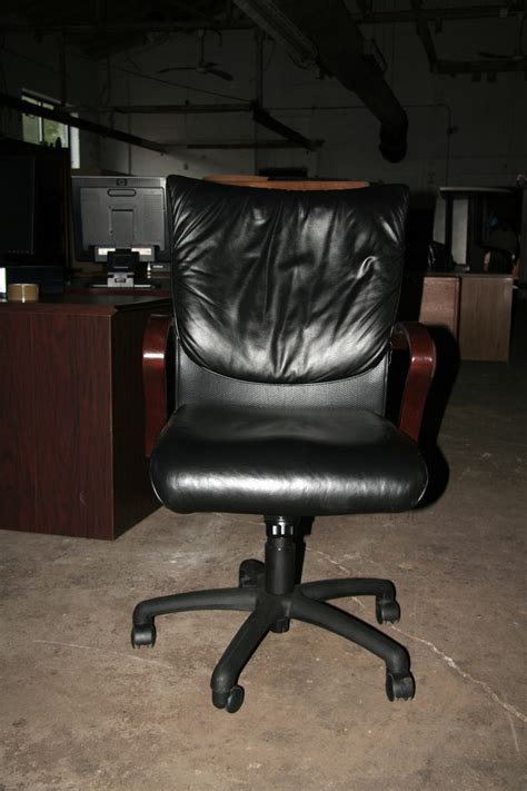 la z boy carrara executive leather task chair