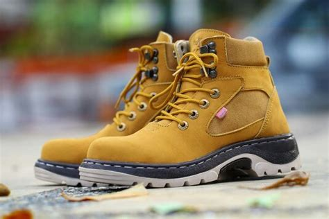 sepatu kickers safety glove jual beli sepatu kickers glove safety kulit buk baru