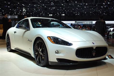 maserati sports car maserati is a luxury car brand that has lately made