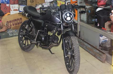 Modified Bikes Cd Deluxe by Honda Cd Deluxe Modified Into A Cafe Racer Bike