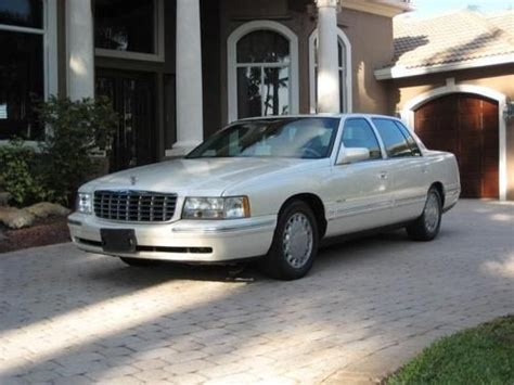 how does cars work 1997 cadillac deville electronic toll collection find used 1997 cadillac sedan deville pearl white sun roof in fort lauderdale florida united