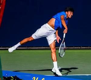 UCLA men's tennis defeats LMU 5-2, extends winning streak ...