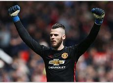 Manchester United reject £60m bid from Real Madrid for