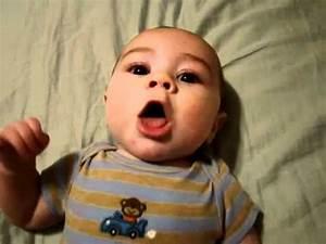 Baby 4 Monate Schlaf Tagsüber : baby redet auf babysprache echt s youtube ~ Frokenaadalensverden.com Haus und Dekorationen