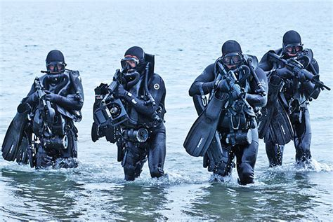 Navy Seal Dive navy seal diving gear