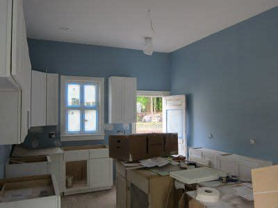 foto de SHERWIN WILLIAMS RESPITE paint color we used in Jordy's