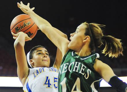 girls basketball state tournament university