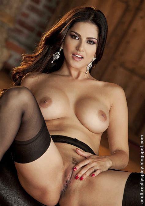 Sunny Leone Nude Latest Photo Shoot Sex Cloths