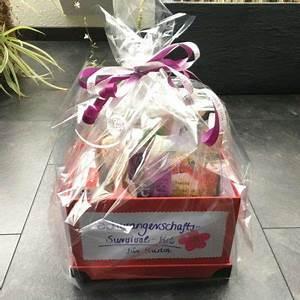 Geschenk Verpacken Folie : geschenke f r schwangere 18 erfolgsgaranten f r werdende m tter ~ Orissabook.com Haus und Dekorationen