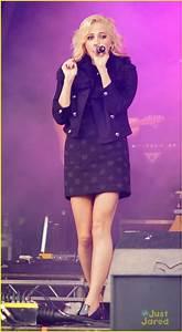 Pixie Lott: Poppy Appeal Concert! | Photo 505321 - Photo ...