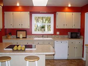 Kitchen color walls with white cabinets green kitchen for Kitchen colors with white cabinets with where to find wall art