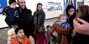 America Admits Fewer Refugees as Number Displaced Grows ...