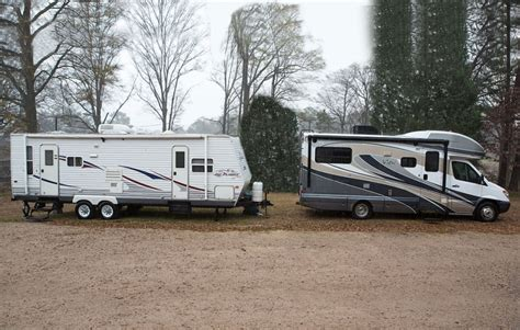Motorhome vs. Travel Trailer   WinnebagoLife