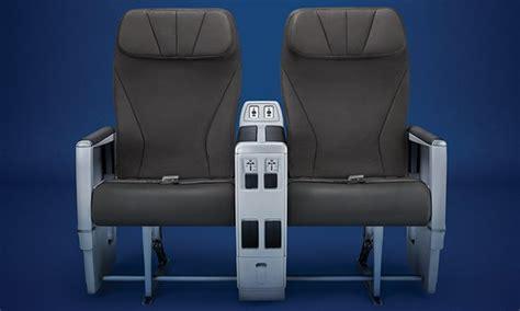 club class on board comfort air transat