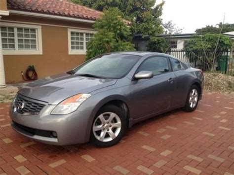 Find Used 2008 Nissan Altima Coupe 2-door 2.5 S In Miami
