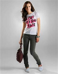Latest Skinny Jeans Designs For Girls in Fashion