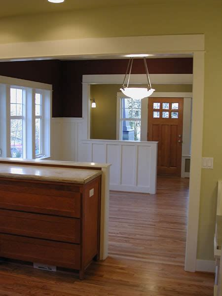 craftsman house plans cozy  story  bedroom bungalow