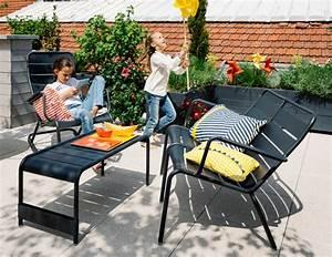 Fermob Salon De Jardin : meubles lounge pour terrasse et bord de piscine salon de jardin fermob ~ Teatrodelosmanantiales.com Idées de Décoration