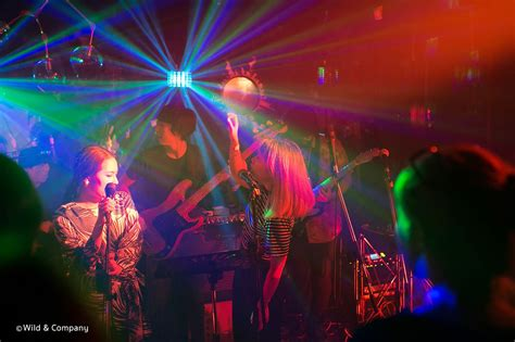 It also features two dedicated virtual surround modes that emulate taller, wider surround sound images. 10 Best Live Music Bars in Bangkok - Bangkok.com Magazine