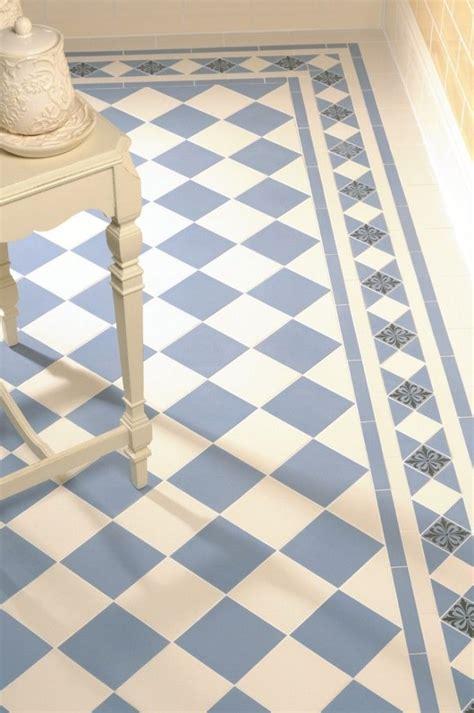 Badezimmer Fliesen Rutschfest Machen by 18 Inspirierende Boden Fliesen Ideen F 252 R Ihren Living Room