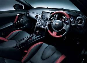 Nissan Gtr Interieur : nouvelle nissan gtr 2013 blog auto ~ Medecine-chirurgie-esthetiques.com Avis de Voitures