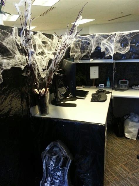 the 25 best ideas about halloween cubicle on pinterest