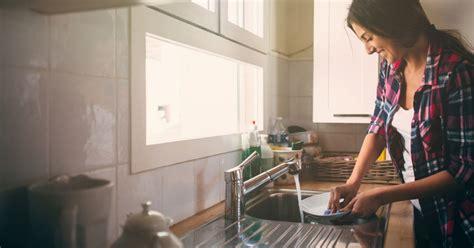 reparer soi mme lave vaisselle comment fabriquer soi m 234 me du liquide vaisselle 100 naturel