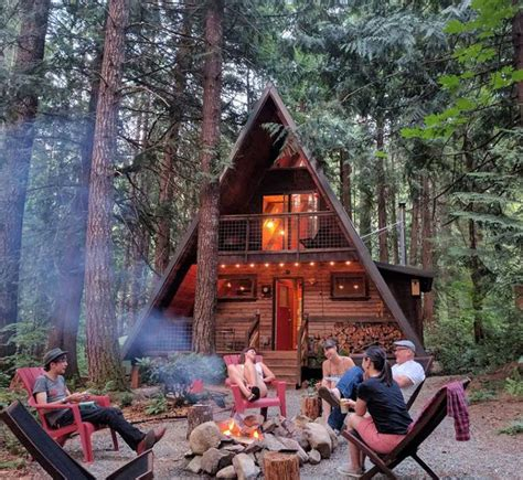 cabin airbnb cabins owl washington frame getaways rainier mt packwood weekend northwest pacific homes re york tempting oregon crazy ready