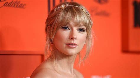 Video Lyrics: Taylor Swift - You Need To Calm Down ...