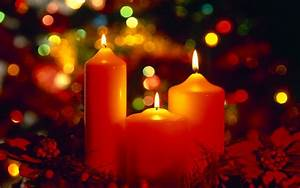 Free Beautiful Christmas Candles computer desktop wallpaper