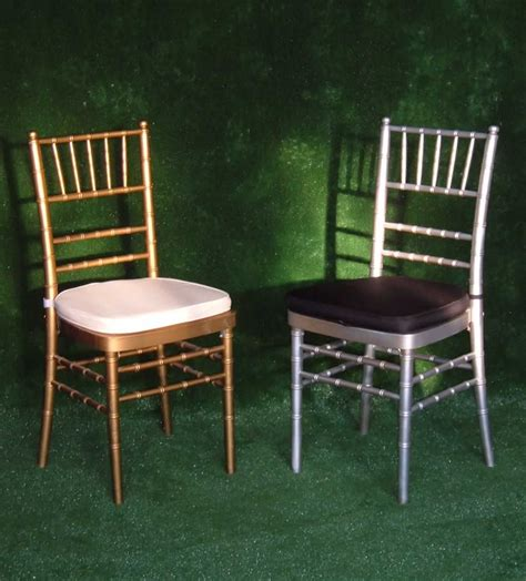 exceptional wedding tables and chairs for rent 2 chairs3