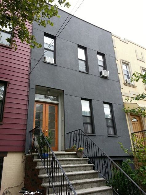 greenpoint brooklyn simple stucco facade architecture