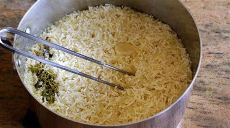 cuisiner du porc riz pilaf ou riz au gras recette du riz pilaf cuire le
