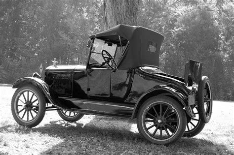 Old Car Black & White