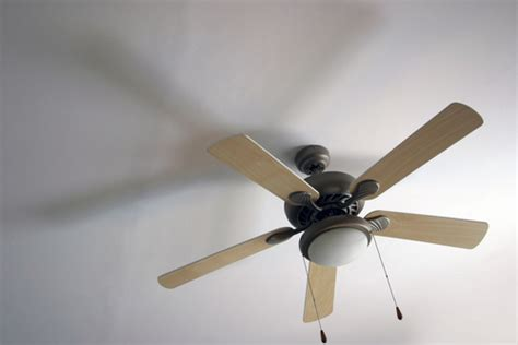 quick install ceiling fan what are the pros cons of ceiling fan