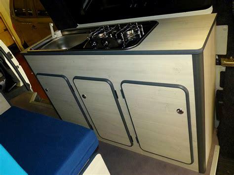 cuisine kitchenette kits d 39 aménagement fourgon cing car smartcombee