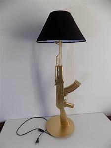 Roulland Lampe AK47 Catawiki