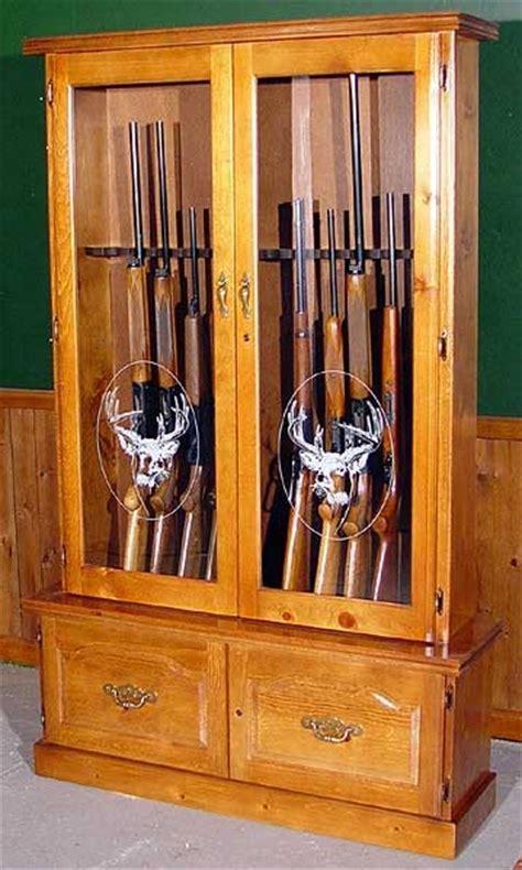 12 Gun Wood Gun Cabinet   Pine   Locking Storage Area