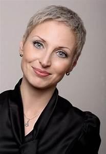 Sehr Kurze Haare Frauen : kurze graue haare ~ Frokenaadalensverden.com Haus und Dekorationen